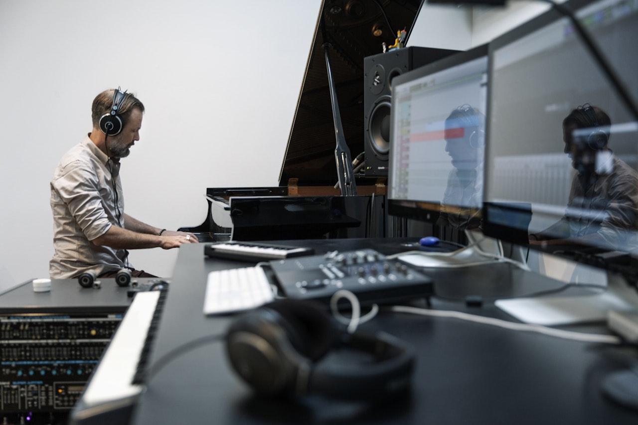 Hl Studio 021
